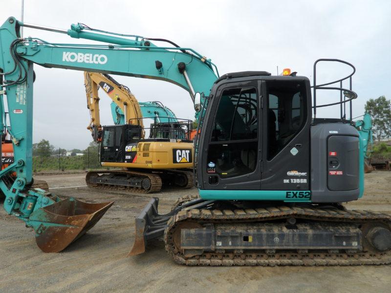 Kobelco SK135SR-3 Excavator