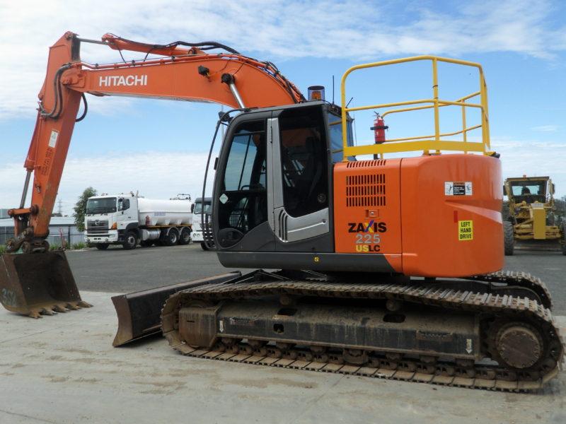 Hitachi ZX225USLC-3 Excavator