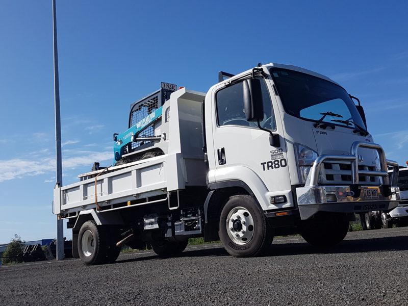 Isuzu FRR500 4×2 Tipper & Toyota 5SDK8 Skid Steer Combo for Hire