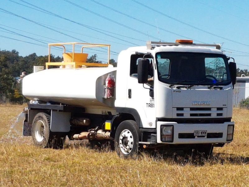 2009 ISUZU FVD1000 8,000L WATER TRUCK