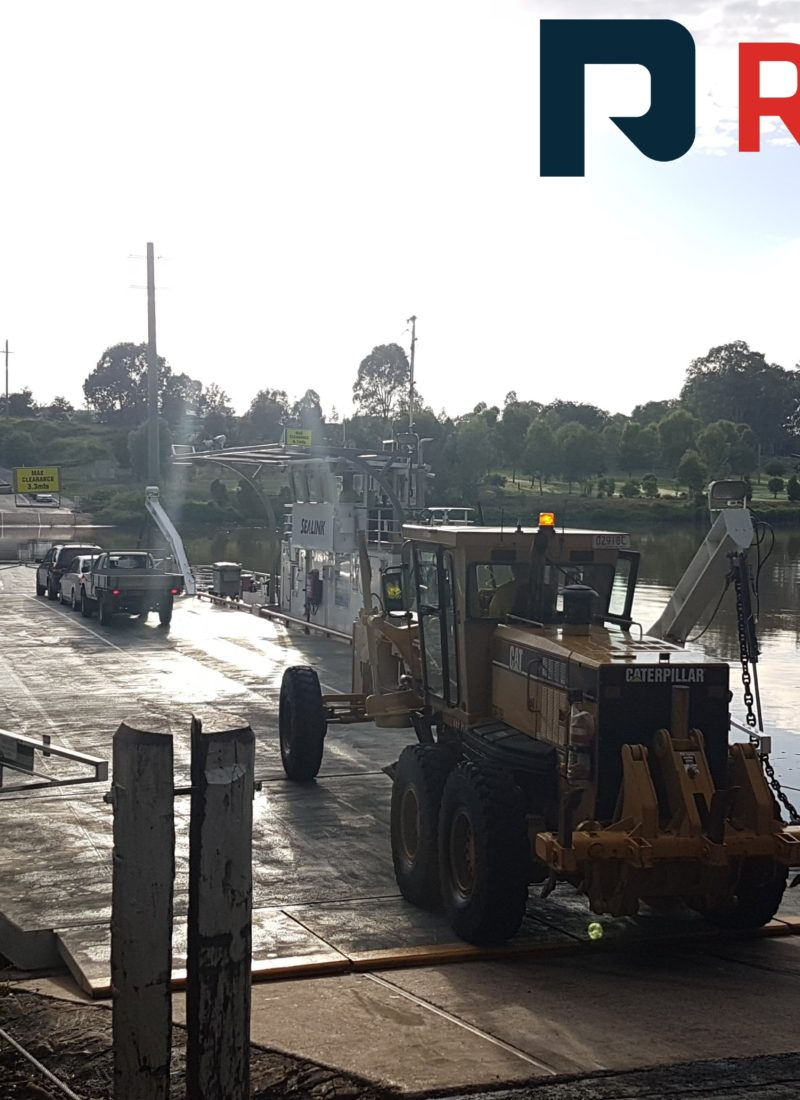 Cat 140H-II Grader took a trip across the Brisbane River on the Moggill Ferry