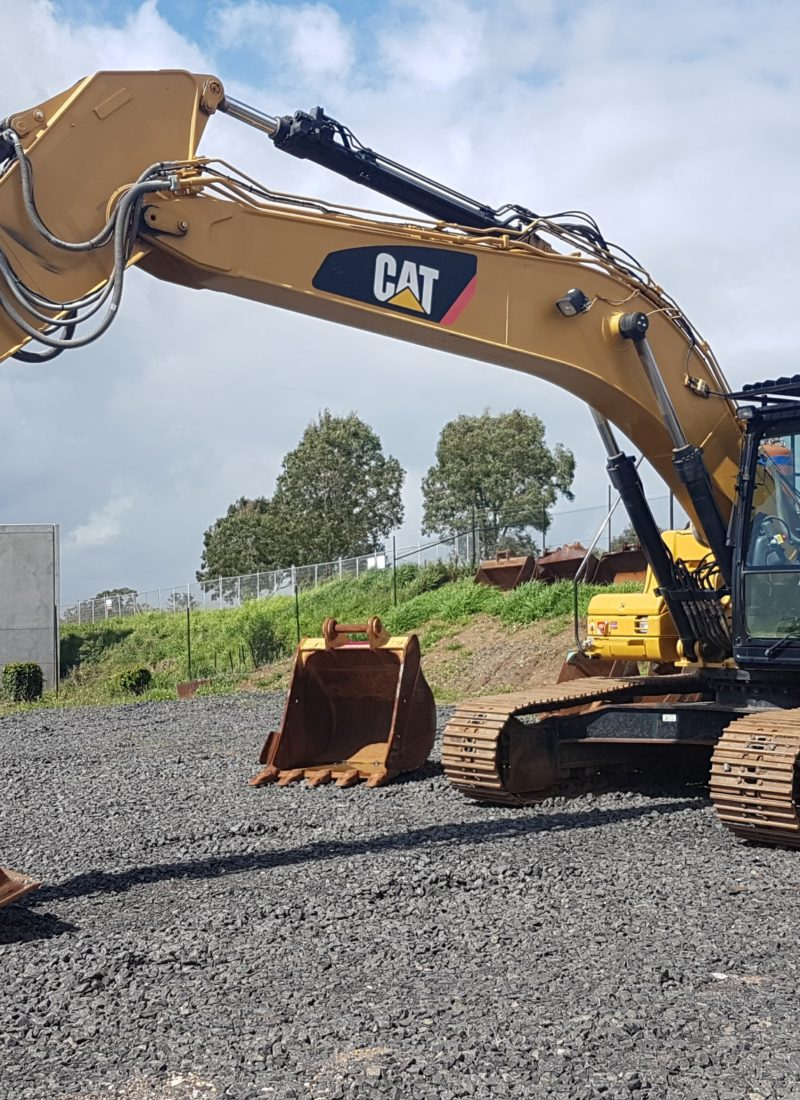 Why Choose RediPlant for your Earthmoving Needs