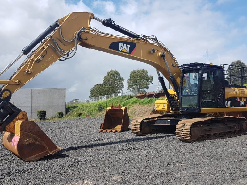 EX97 Caterpillar 324DL