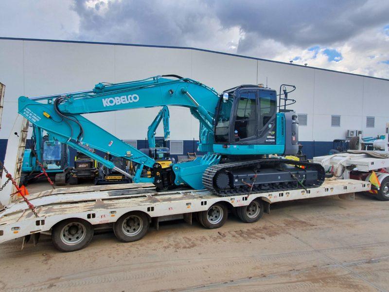 Kobelco SK235SR-2 NB 23 Tonne Excavator